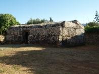 Centopietre - monumento funerario